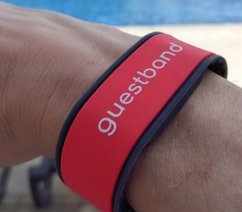 IoT wearable travel