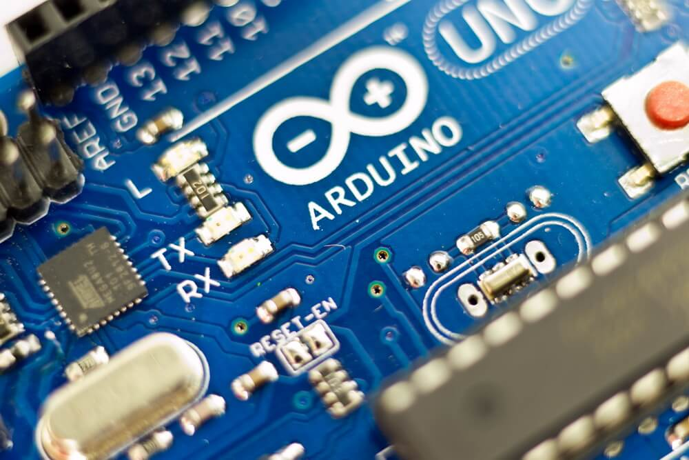 Arduino vs Raspberry Pi