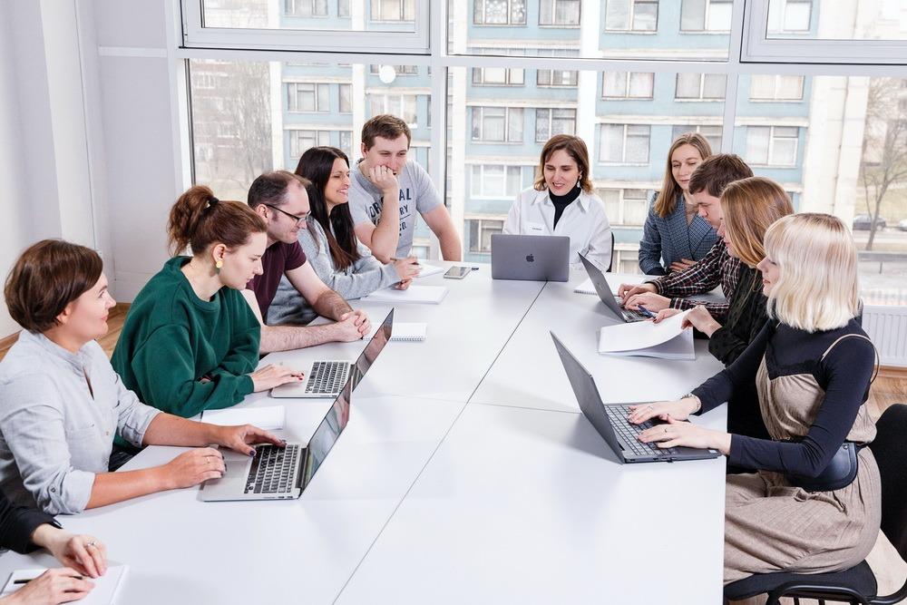 Interview sales team